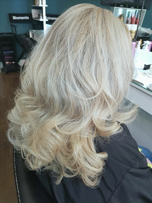Momento Hair salon Galway